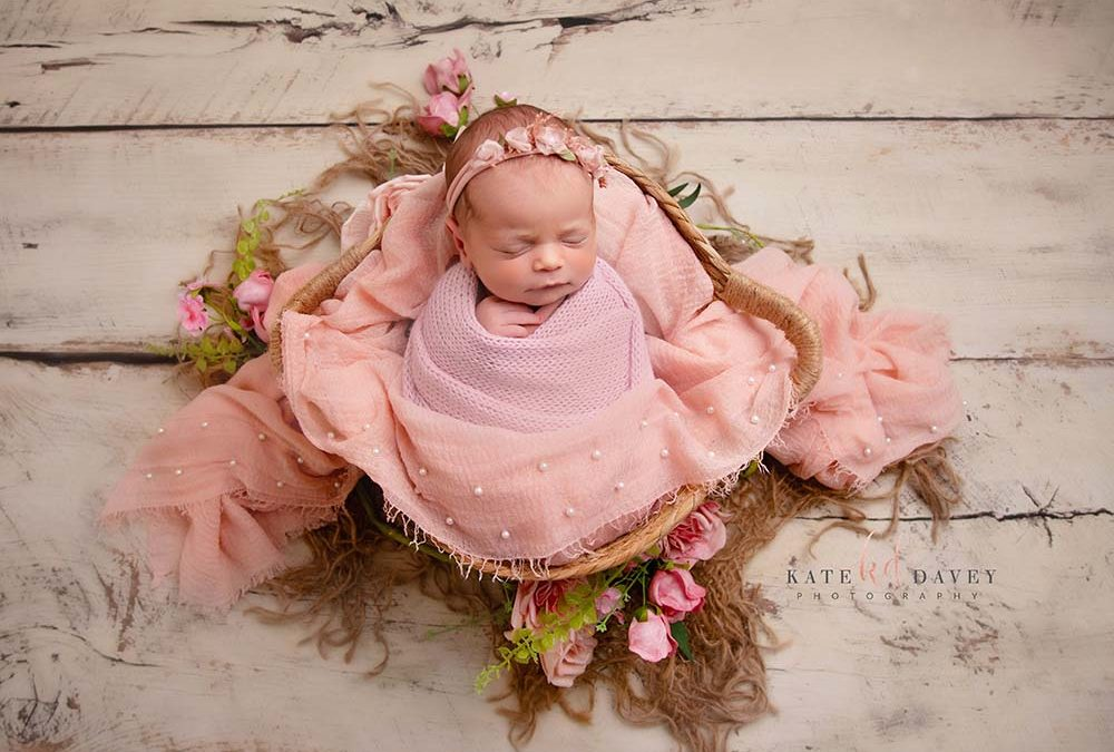 What to expect at your newborn photoshoot?